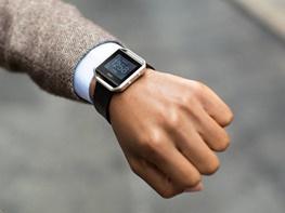 ساعتهای هوشمند مطابق پیشبینیها جلو نمیروند