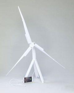 این توربین های ﺑﺎﺩی ﻗﺎﺑﻞ ﺣﻤﻞ موبایل شما را شارژ می کند